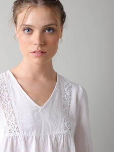 White V-Neck Embroidery Blouse