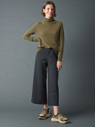 Trousers in Tricot Fabric