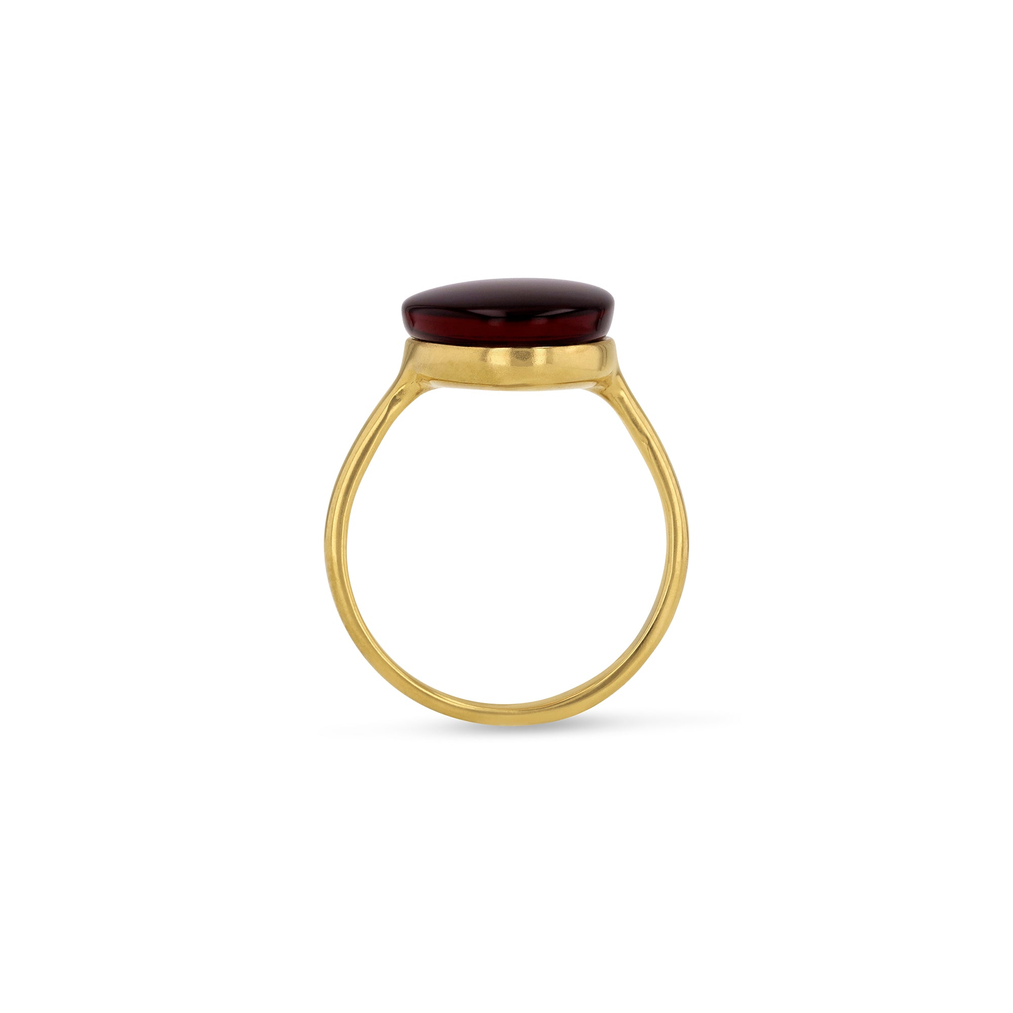 String Amulette Cherry Ring