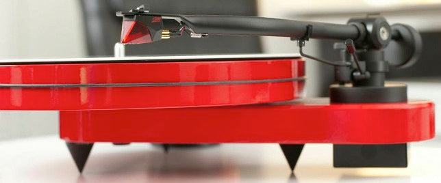Turntable Red