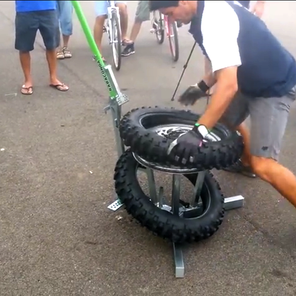 NEW WORLD RECORD!!!! 44 seconds to change a tire!!!