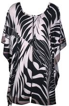 Load image into Gallery viewer, deidaa tropical print black white front open kaftan