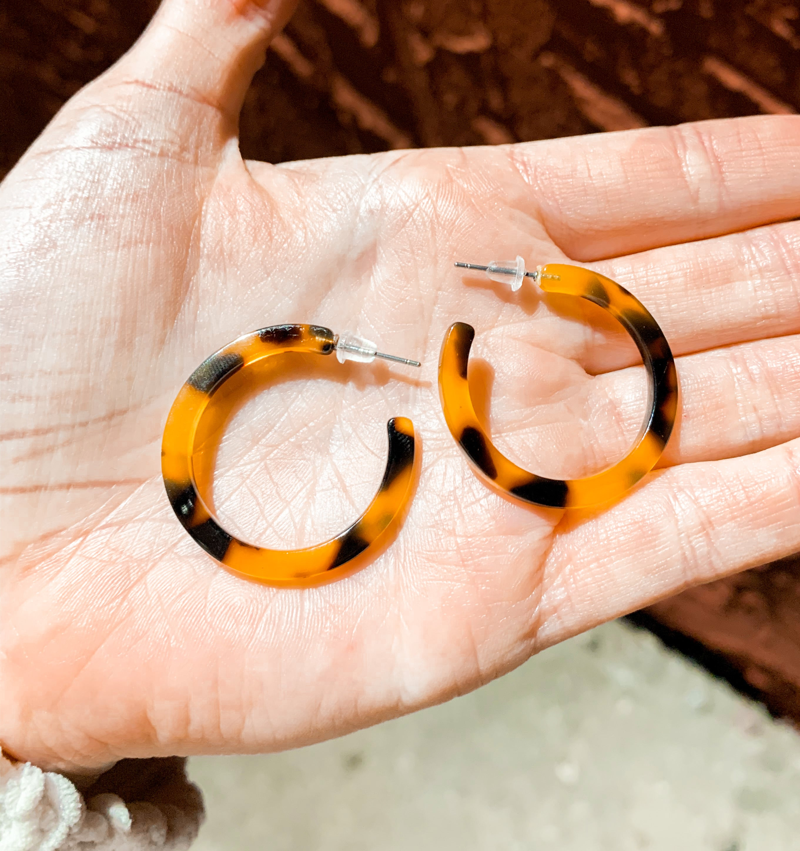 Small Tortoise Hoops