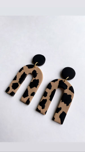 Everly in Leopard