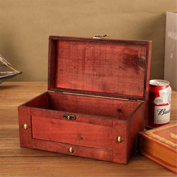 pirate-chest-wood-open