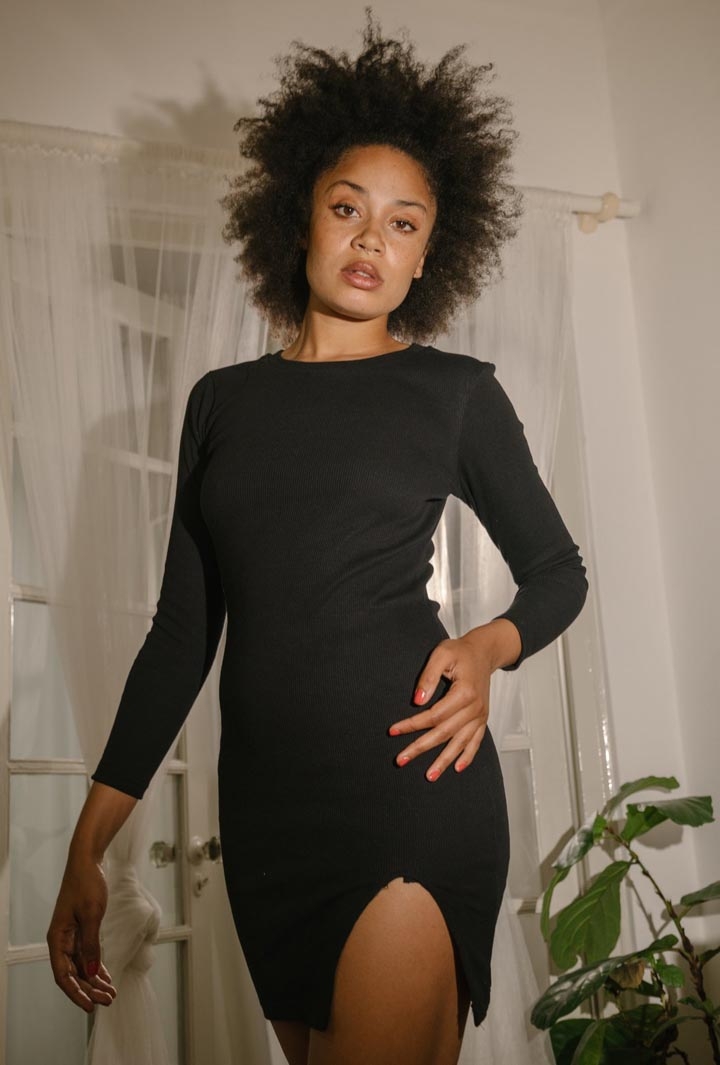 Ribbed Knit Long Sleeve Slit Dress in Black Summi Summi