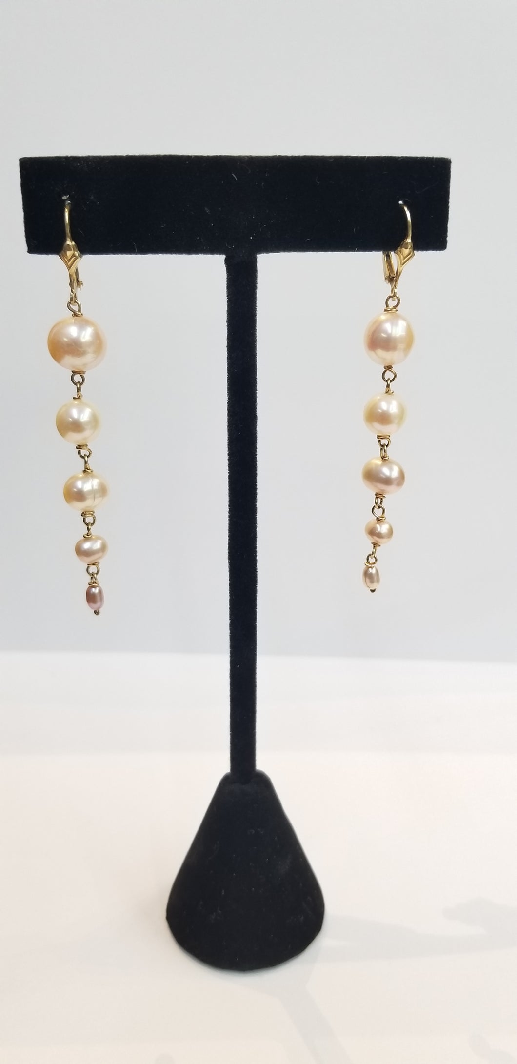 BIG to Small Pearl Earrings 14K