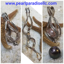 Load image into Gallery viewer, Twisted Teardrop Cage Pendant