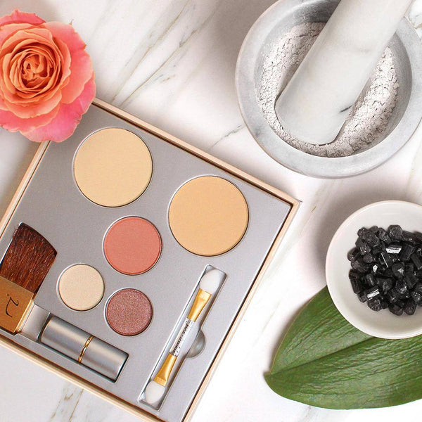 Jane Iredale Pure & Simple Mineral Makeup Kit