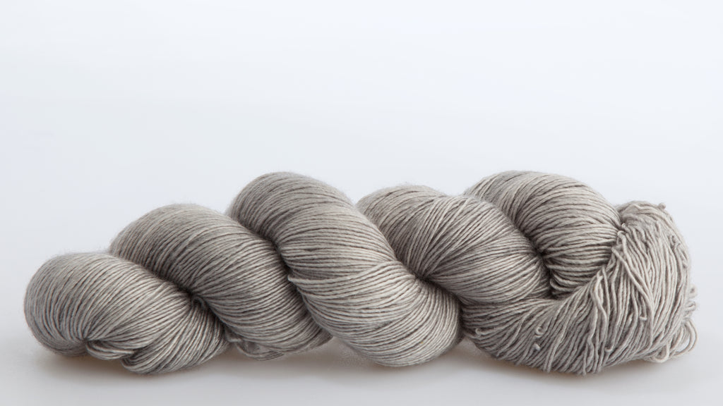 The Farmers Daughter Fibers, Foxy Lady