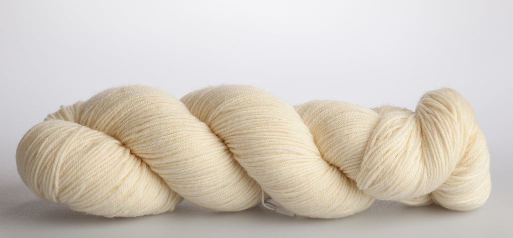 Magpie Fibers, Swish Domestic Fingering