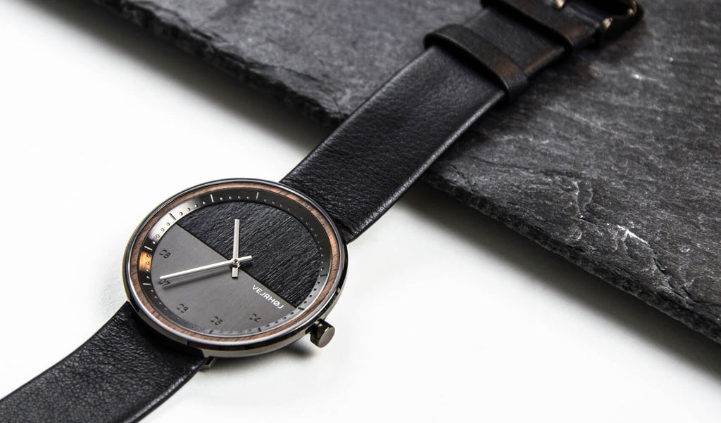 Black minimalistic watch - VEJRHØJ