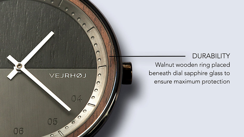 wooden watch  - close up - VEJRHØJ