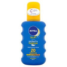 Nivea Moisturising Sun Spray Spf20 200Ml