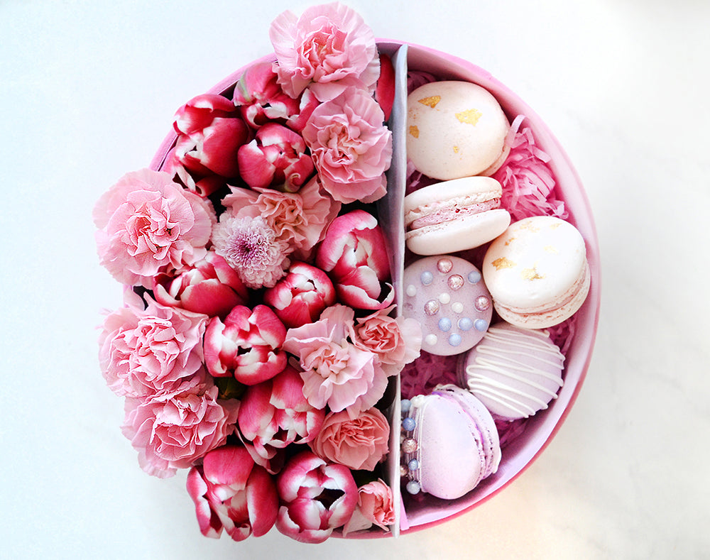 box with macarons