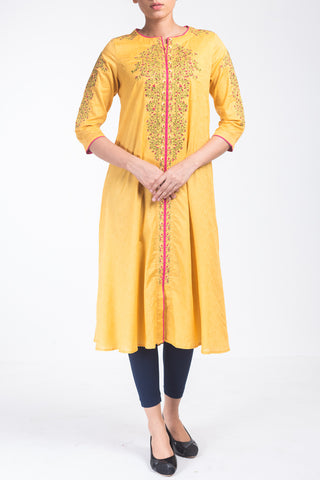 Women's Floral Embroidered Kurti