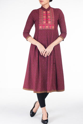 Women's Ethnic Trail