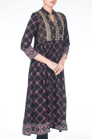 W TRAIL ETHNIC BLACK PRINTED