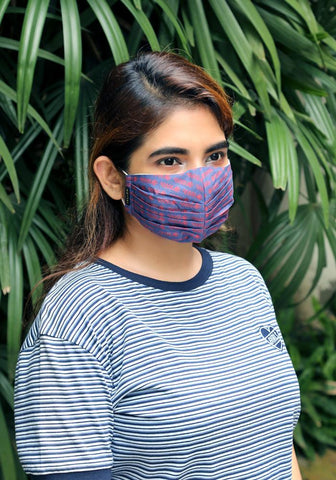 Pleated Woven Fashion Mask