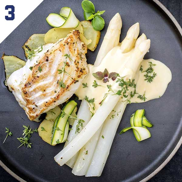 Poached Cod or Salmon with Sauce Sandefjord