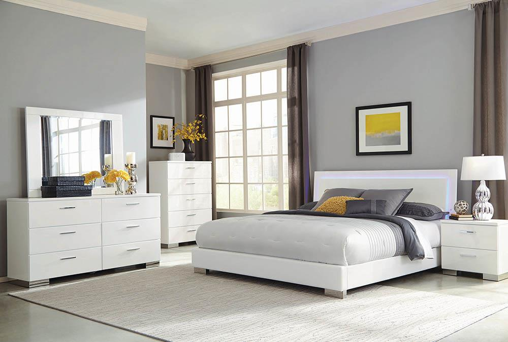 Felicity Contemporary Glossy White Lighted Queen Bed image