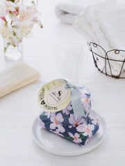 Vanilla Fleur Tin Candle & Soap Gift Set