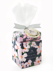 Vanilla Fleur Large Soy Candle & Soap Gift Set