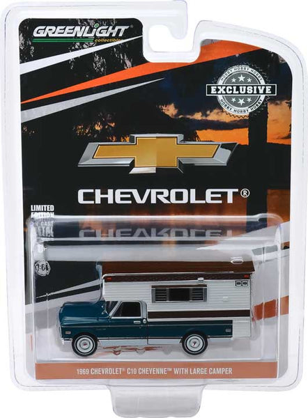 1969 Chevrolet C10 Cheyenne with Large Camper (Hobby Exclusive)