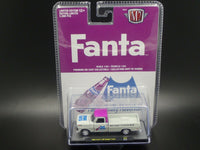 M2 Ford F-100 Ranger Truck 1969 Fanta 52500 A03 1/64 scale