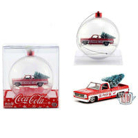 M2 Machines MIJO 1:64 - Coca-Cola Ornament - 1973 Chevrolet Fleetside with tree