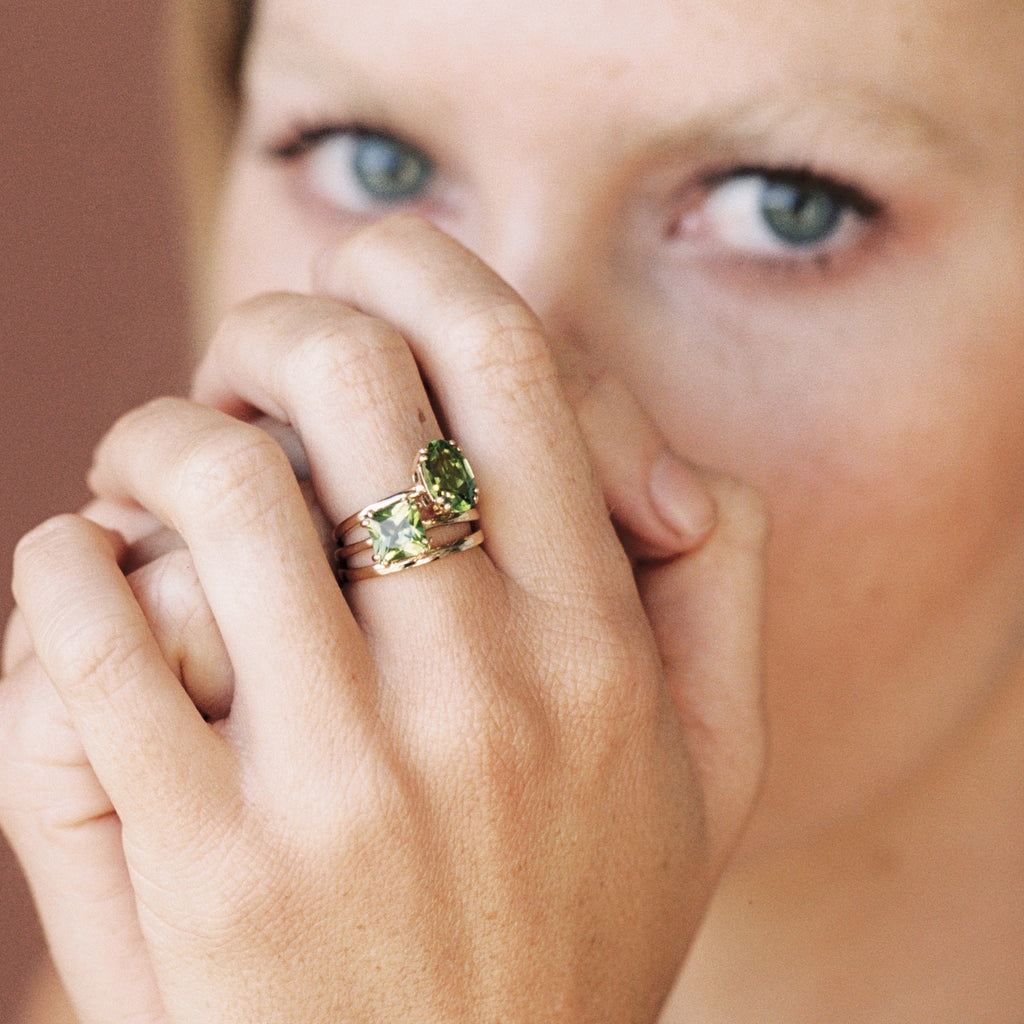 Oval Peridot Ring | 14k Solid