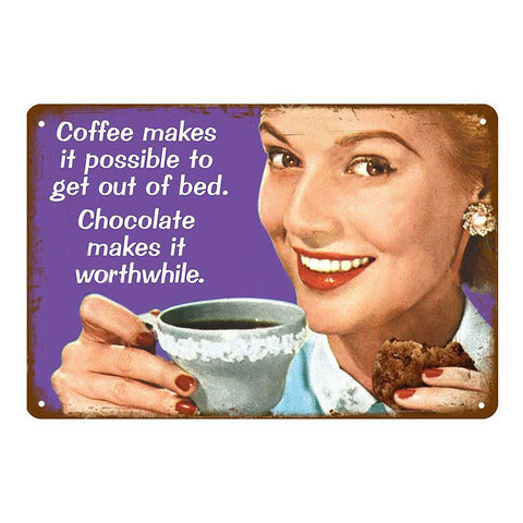 "Plaque Métal Vintage Pin Up - ""Coffee Makes It Possible To Get Out Of Bed"""