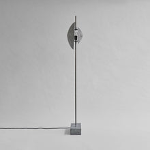 Laden Sie das Bild in den Galerie-Viewer, Dawn Floor Lamp / Stehlampe / 101 Copenhagen Lampe - WUUD