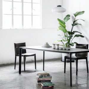 Taylor Dining Table / Stellar Works Tisch / Esszimmertisch / Showroom