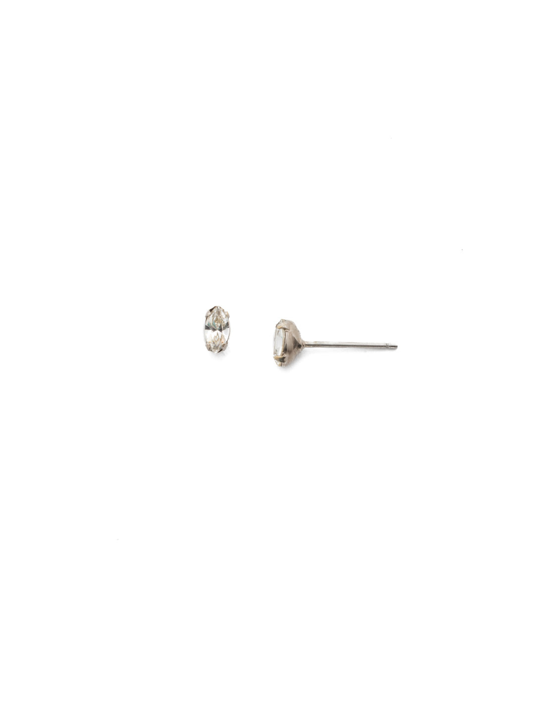 Adelle Stud Earrings - EEP26ASCRE