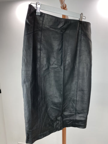 South of the Border black leather pencil skirt