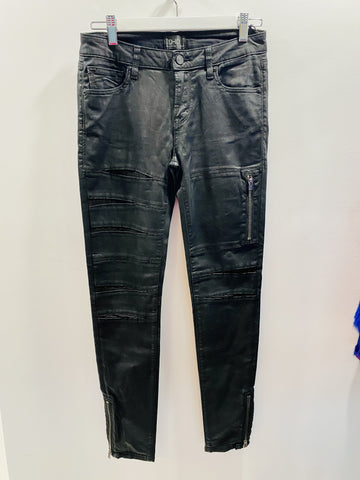 Di-D black jeans with cutouts