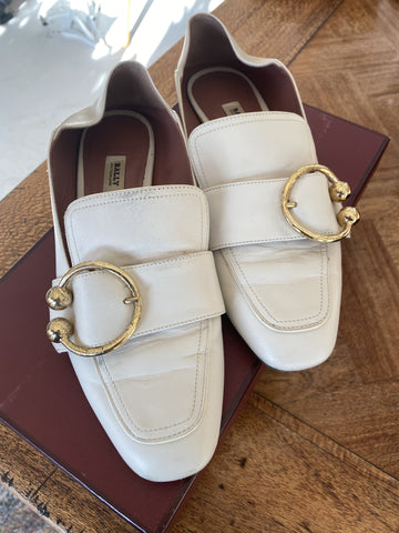 Bally white & gold flats