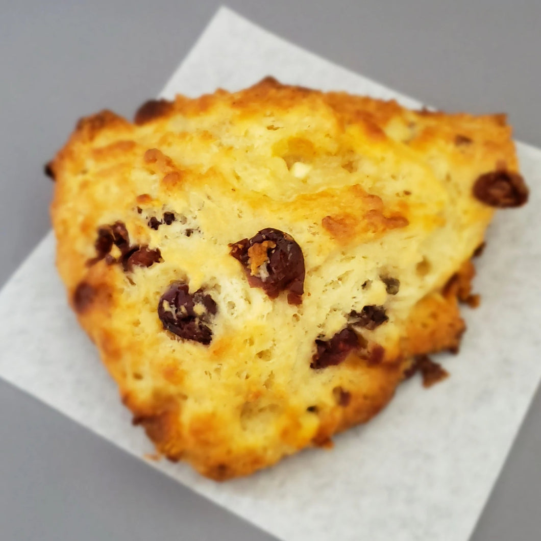 White Chocolate & Cranberry Scone