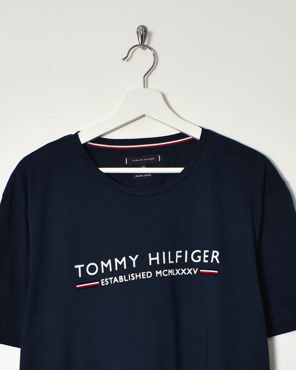 Tommy Hilfiger T-Shirt - X-Large - Domno Vintage 90s, 80s, 00s Retro and Vintage Clothing