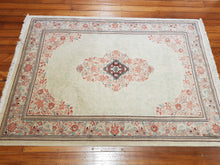 Load image into Gallery viewer, Hand knotted wool Rug 437 size 189 x 137 cm Iran