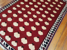 Load image into Gallery viewer, Hand knotted wool  Rug 3801 size 178 x 123 cm Iran