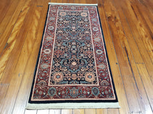 Load image into Gallery viewer, 100% wool  Kashqai  4358 500 size 67 x 130 cm Belgium