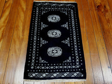 Load image into Gallery viewer, Hand knotted wool Rug 12 size 102 x 64 cm Pakistan