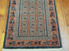 Load image into Gallery viewer, 100% wool Kashqai 4301 501 size  67 x 275 cm Belgium