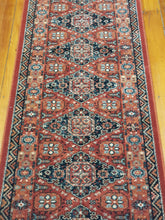 Load image into Gallery viewer, 100% wool  Kashqai 4308 300 size 67 x 275 cm Belgium