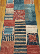 Load image into Gallery viewer, 100% wool  Kashqai  4329 400 size 67 x 275 cm Belgium
