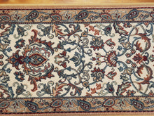 Load image into Gallery viewer, 100% wool Persian Palace 67 cm width Belgium