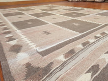 Load image into Gallery viewer, Hand knotted wool Rug 7191 size 293 x 199 cm Afghanistan