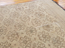 Load image into Gallery viewer, Hand knotted wool Rug 7226 size 311 x 208 cm Afghanistan